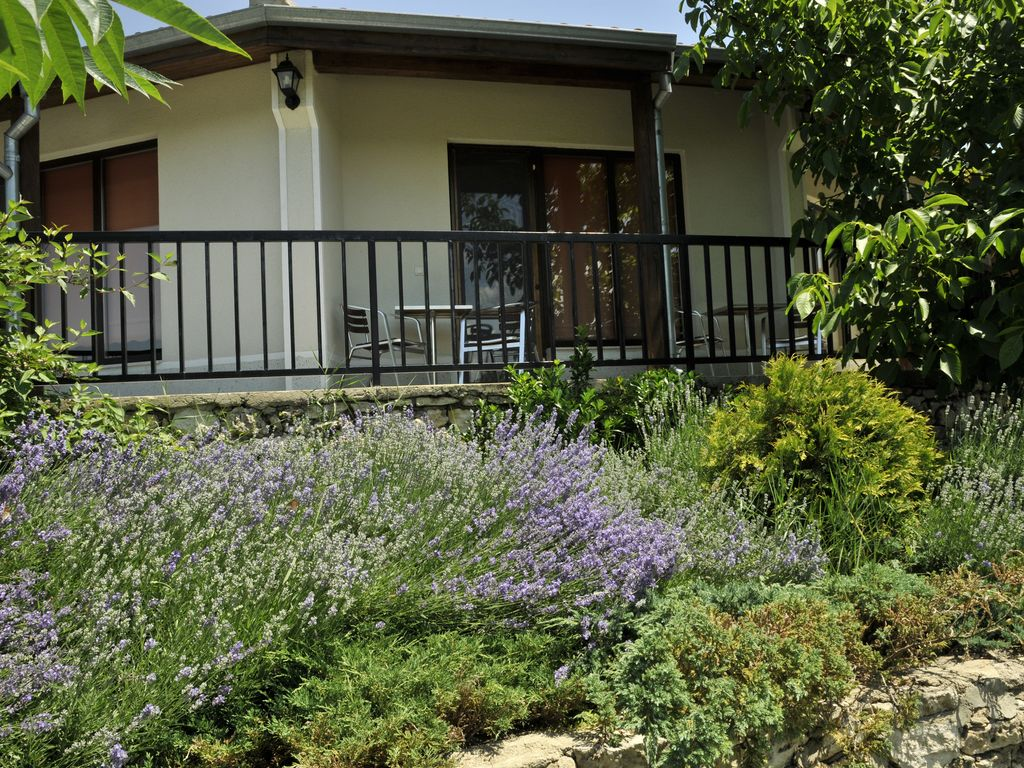Bu125 Self Catering Summer Cottage With Swimming Pool