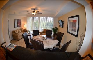 Tampa townhome photo - Living room w. sofa group, 1 queen sofa bed ,LCD-TV,DVD,CD, W-Lan