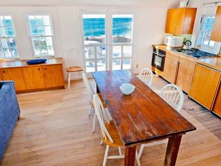 Vineyard Haven cottage photo - Dining Area Comfortably Seats 6