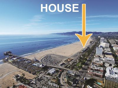 Live Like a Celebrity In This Amazing Beach Front Home On Santa Monica Beach.