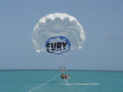 At nearby Mallory Square you can sign up for a parasail and snorkel trip!