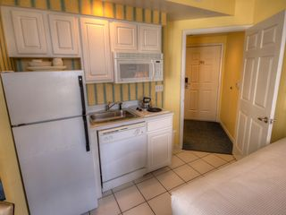Daytona Beach studio photo - Kitchenette