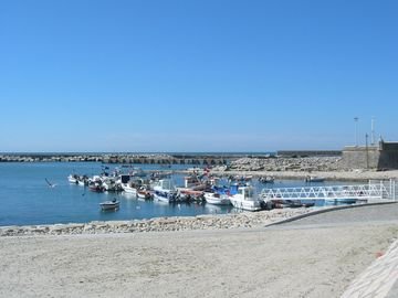 The fishing fleet in nearby Âncora