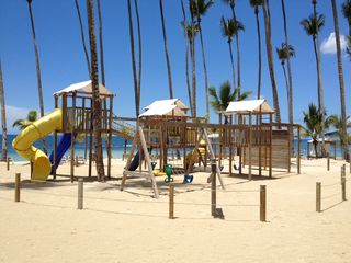 Juan Dolio condo photo - Park area on the beach for the kids.
