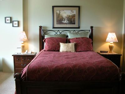 Queen Size Bed in Master Bed Room