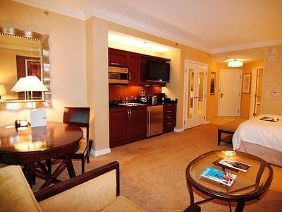 Signatur Suite Tower A - 35% off hotel rates for stays longer then 2 days