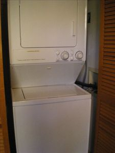 Full size washer / dryer.