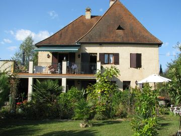 Sarlat la Caneda apartment rental - Apartment and garden