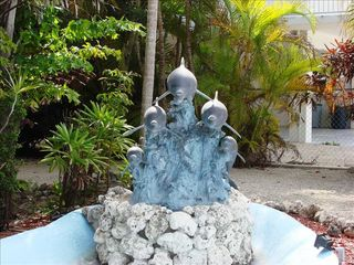 Key Largo house photo - Dolphin Fountain
