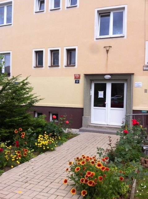 Close to Vaclav Havel Airport and Public Transit-20 minutes from Old Town