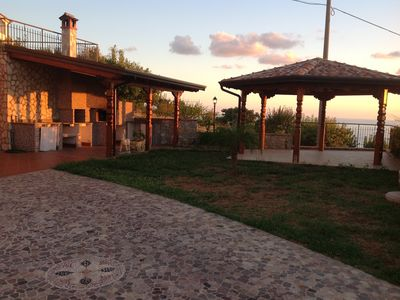 House with garden, gazebo, barbecue, pizza oven, and a view of Isola Cirella