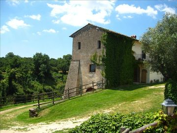 "Sutri estate rental - ""Il Casale"", its medioeval structure. On the top, the apartment"