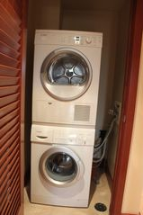 Ko Olina villa photo - Washer and dryer in unit