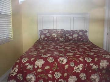 Queen bed with full size closet
