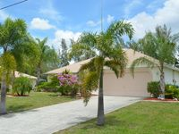 FLAMINGO RESIDENCE /heated pool /fresh water canal/ romantic and quiet area