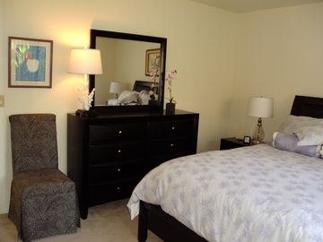 Beautifully Decorated Queen Bedroom