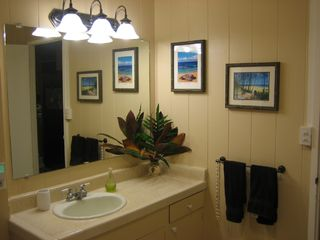 Sunset Beach house photo - Main bathroom