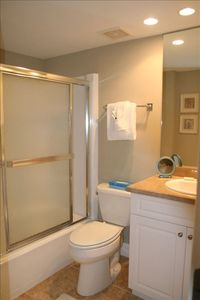 Master bathroom - tub/shower.