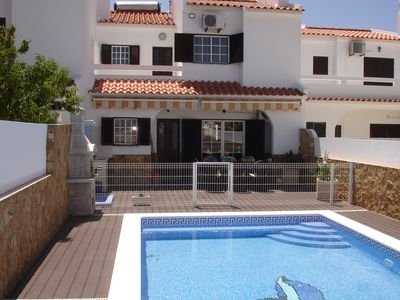 Beautiful house with 4 bedrooms, swimming pool near the beach