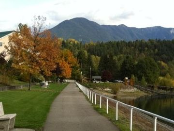 Enjoy a walk along the waterfront promenade in town. Fall days are spectacular!