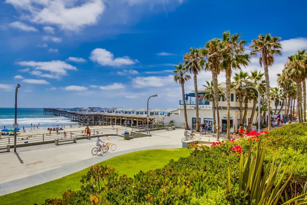 Stay Right On The Boardwalk At Crystal Pier Vrbo