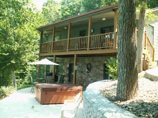 La Follette cottage photo - Lower Patio/ Hot Tub