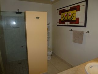 Nuevo Vallarta condo photo - Large second bathroom with large shower space.
