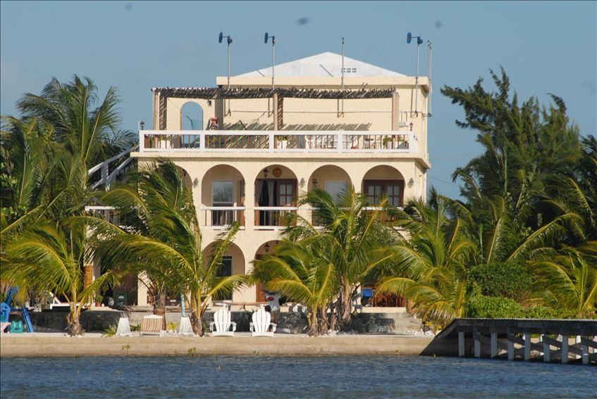 Visit Belize: San Pedro Villa with Your Friends