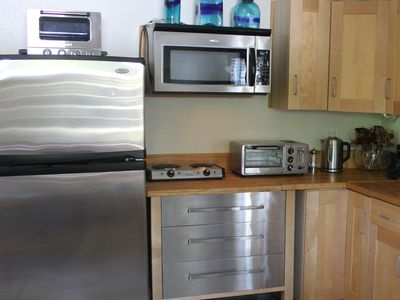 Full Size Frig, Microwave, Double Burner, Ovens, Electric Kettle, Coffee Maker