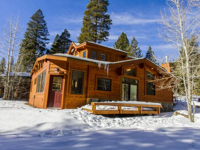 Mtn.Moon Lodge luxury home - Summer & Fall vacation rental-Pet Freindly