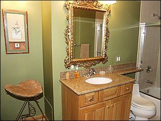 Aspen townhome photo - Bathroom