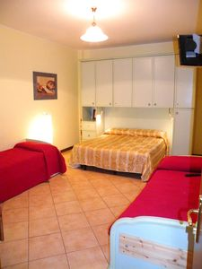 Centro Storico (Old Rome) apartment rental - Bedroom - Red Angel