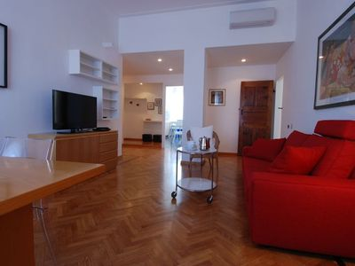 Conca del Naviglio - Inside: warm and welcoming