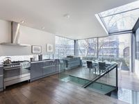 Awesome Clerkenwell home with a peaceful roof terrace