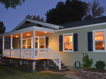 Santa Margarita house rental - Front of House at night