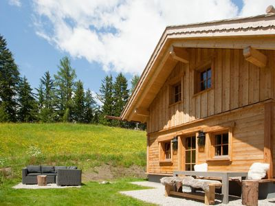 Exclusive Mountain Lodge with sauna, outdoor spa, fireplace and beautiful garden
