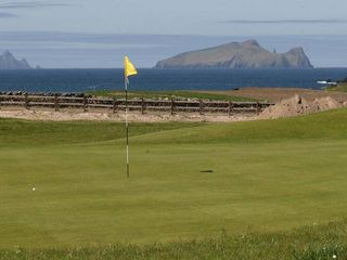Dingle Peninsula cottage photo - Ceann Sibeal (Dingle) golf course 2Km west of Ballyferriter.