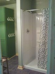 Baldwin / Walhalla cottage photo - Nice shower in the gray cottage.