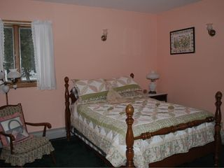 Bar Harbor house photo - Downstairs bedroom with double bed and attached full bathroom with shower.