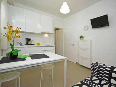NEW Apartments SEASIDE ONLY 20M TO THE BEACH, centrally located - Apartment 3 im Strandhaus Iva