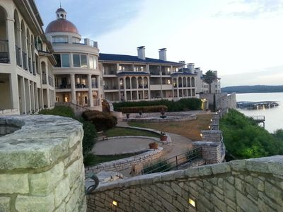 Beautiful Lake Villa With View Of Lake Travis