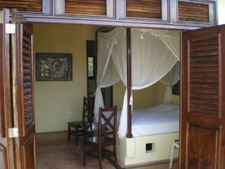 Samana villa photo - Bedroom with king size bed and full bathroom