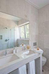 the gound floor bathroom - Estoril villa vacation rental photo
