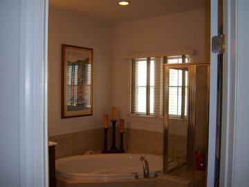 3rd floor master suite bath