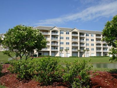 Fernandina Beach condo rental - The Front of Ocean Park Has a Peaceful Pond with a Fountain.