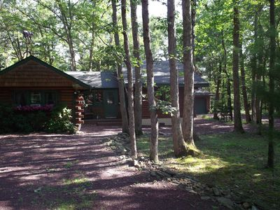 Kegelman 39 s log home in bear creek lake vacation rental in for Lake cabin rentals pennsylvania