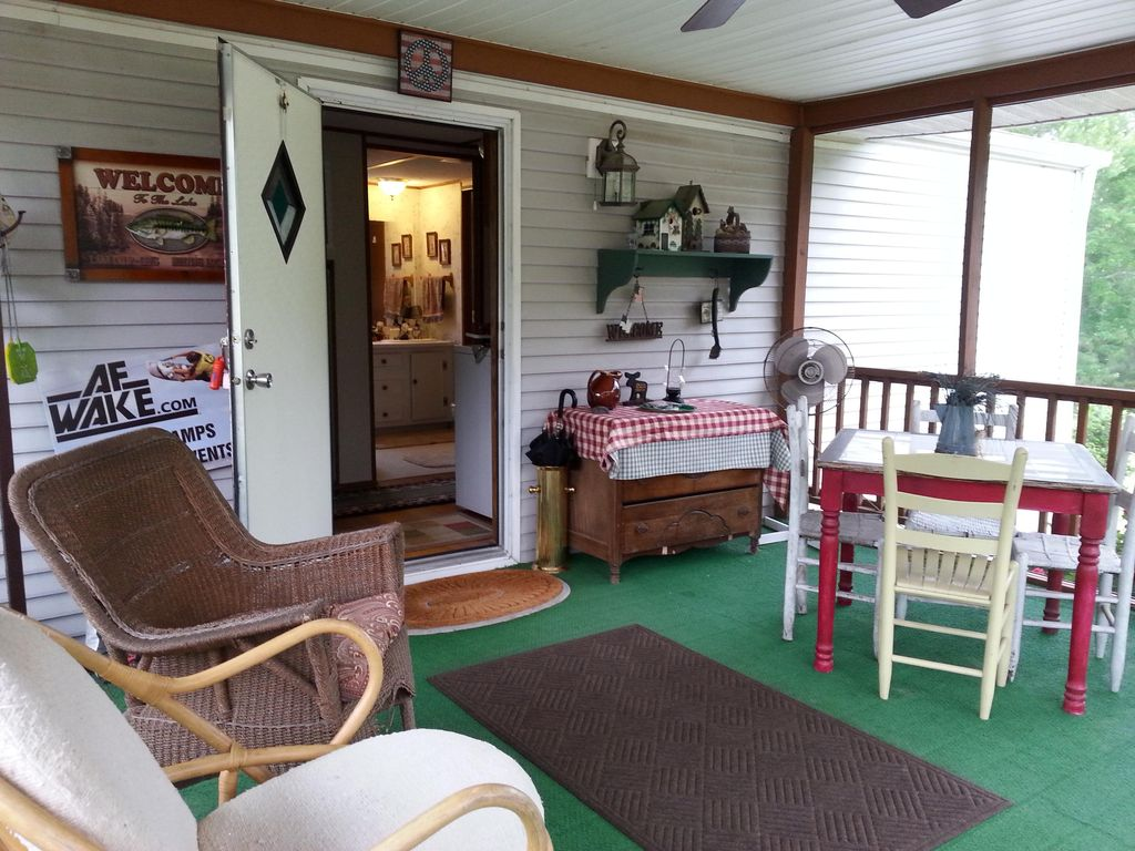 Cozy Immaculate 3 Br Singlewide With Vrbo