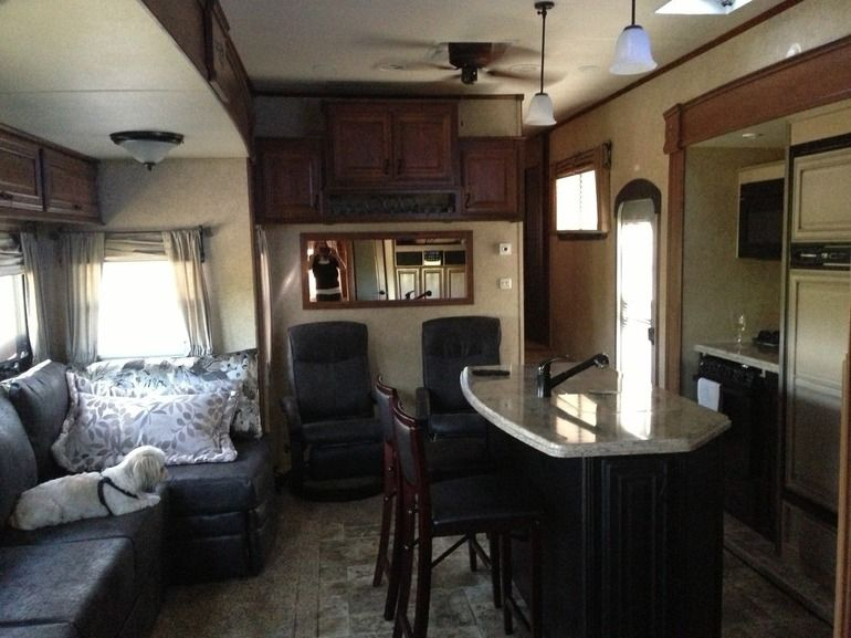 Rv gorgeous 2 bedroom 1 5 bath 5th wheel pa vrbo for Rv with 2 master bedrooms