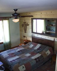 Joshua Tree house photo - Guest bedroom