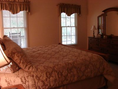 Palmetto Dunes house rental - Master Bedroom #1 -HD/TV -Master Bath - Jacuzzi - Shower - Master walk in Closet